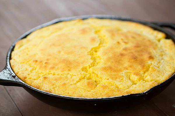 skillet-cornbread-7-600